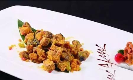 精选美食:咸蛋黄焗松茸根,肉末茄子,葱爆牛柳,素烧南瓜的做法