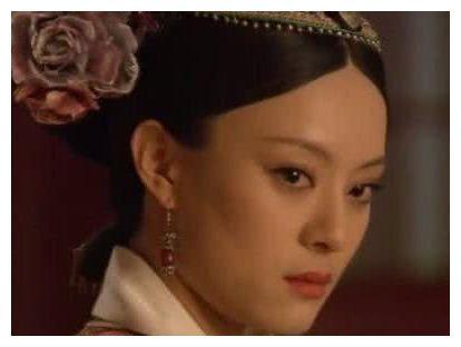 孙俪vs蔡少芬,吴谨言vs佘诗曼,同与皇后对戏,眼神决定高低