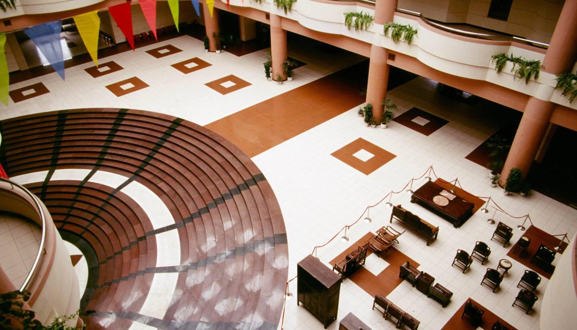 广州市番禺区,长隆酒店是中国唯一一家坐落于野生动物旅游景区