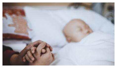 3岁宝宝颅内出血,一睡不醒,检查结果让爷爷后悔不已