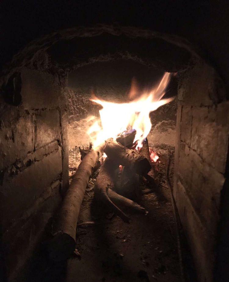 寒冬黑夜里的一把火,温暖内心深处的美好!