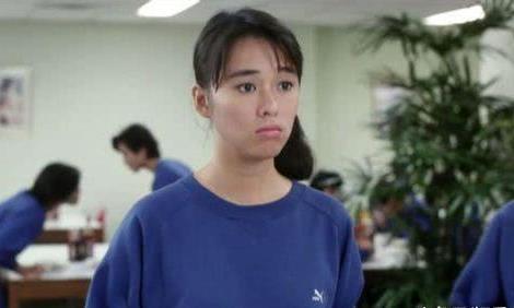 她的演技获刘德华张国荣称赞,红极一时却因癌症去世,年仅30岁