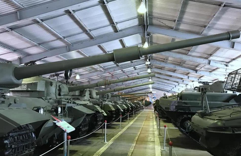被西方打出屎来的T72坦克原型车172M:萨沙的兵器图谱第157期