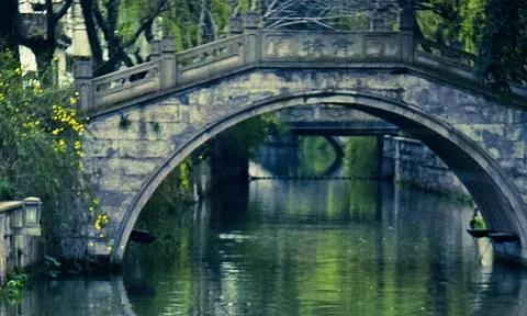 吕梁山旁边藏着一座神秘古镇,就在黄河边上,风景绝美还不收门票