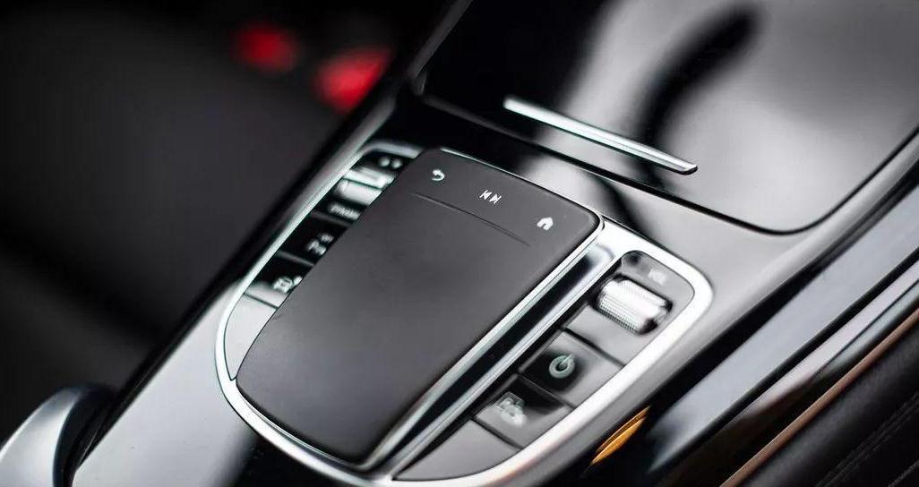 408马力的奔驰电动车9月下线!国产预计卖55万,香!