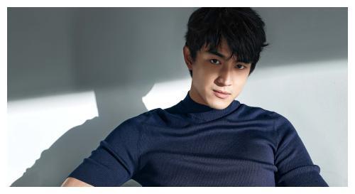 娱乐圈人缘最好的明星,林更新何炅胡歌公认好人缘,却都比不过他