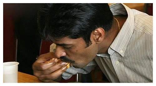 印度人嘲笑中国做米饭只会用电饭锅,美国人的回复让印度人心凉凉