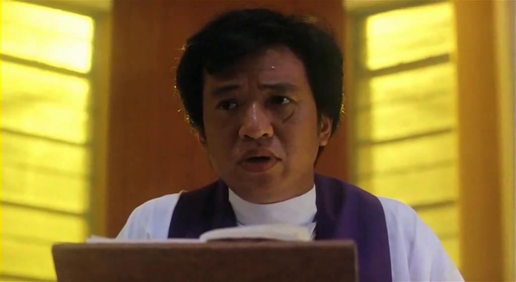 天地玄门:成奎安玩起穿越,竟现身教堂,吓坏一旁神父!