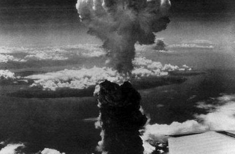 德国比美国更早研究原子弹,却没造出来,因为赶走了一位数学家