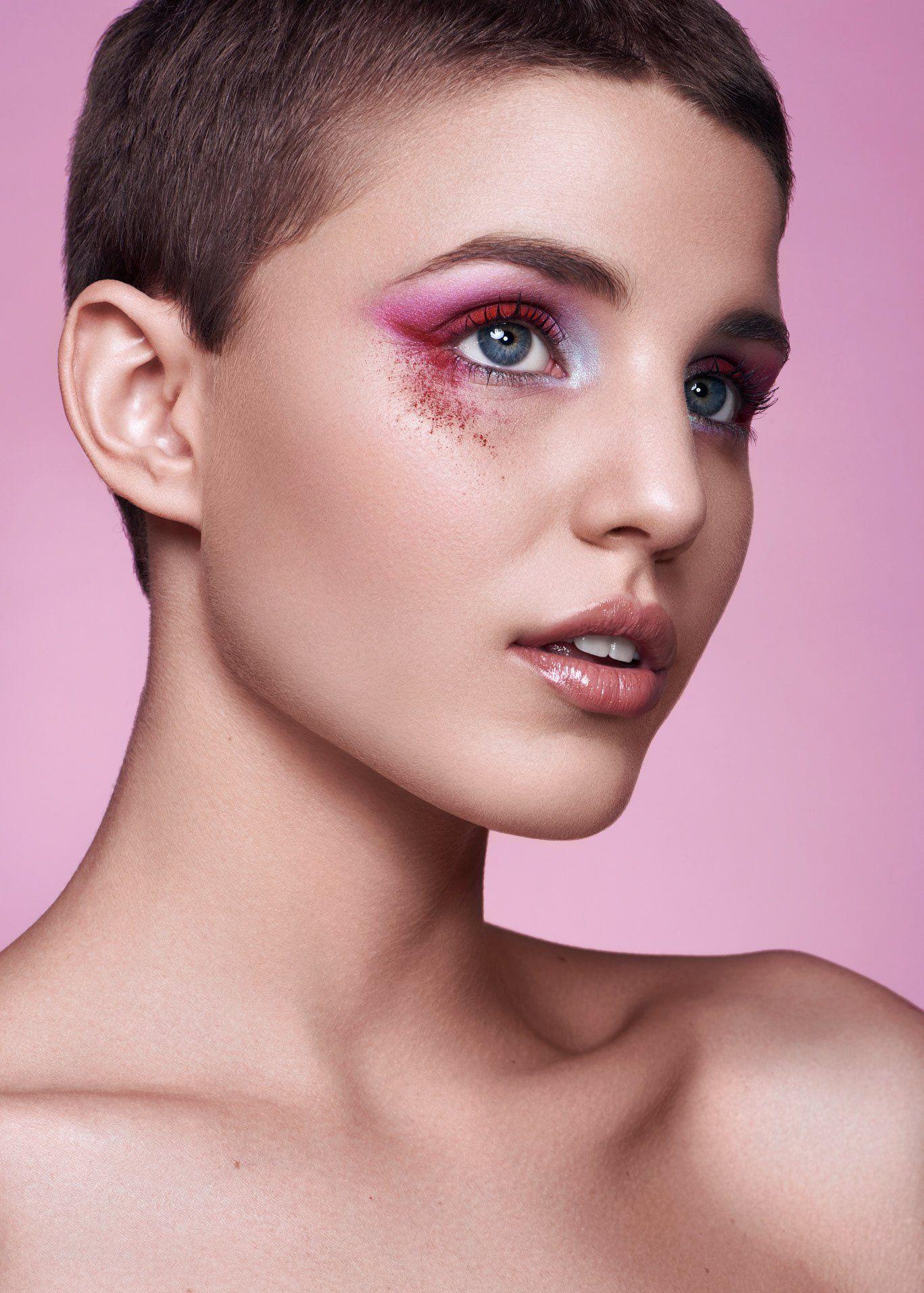 时尚造型 关于眼妆的创意,无辜而纯真,迷人而魅惑