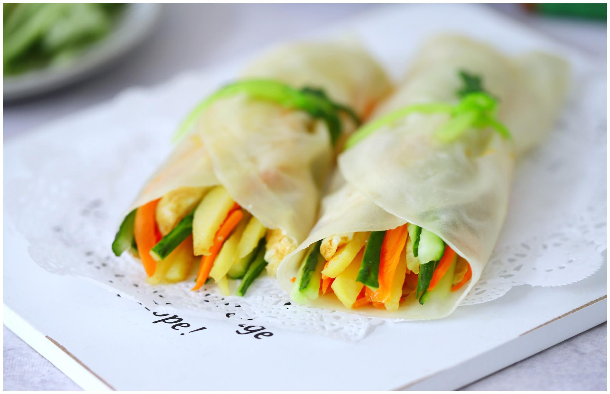 比老北京鸡肉卷好吃的春饼,不发面不烫面,皮薄如纸,做法真简单