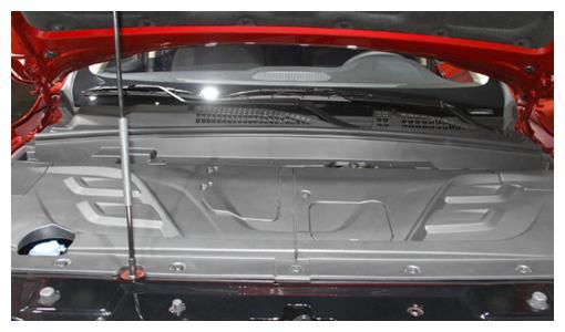 """真正""""硬朗""""的SUV,颜值独特,或成黑马车型,顶配价格仅10万"""