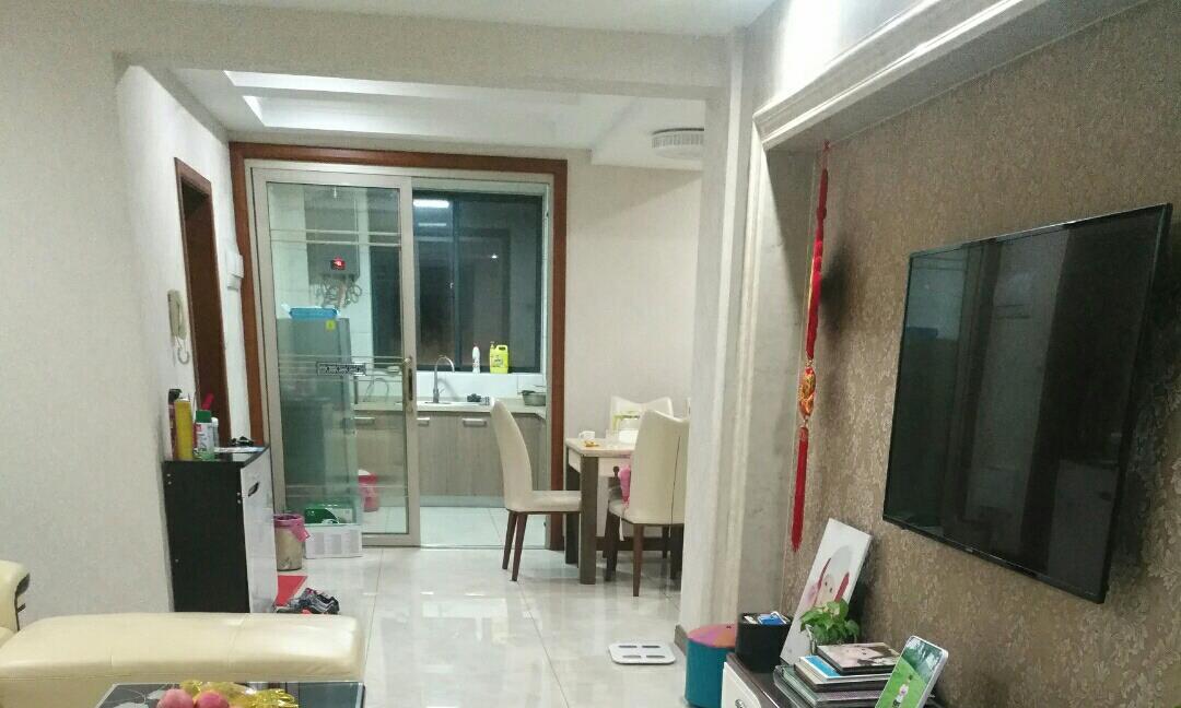 入住三年的房子,媳妇每天坚持打扫干净,如今跟新房一样!晒晒
