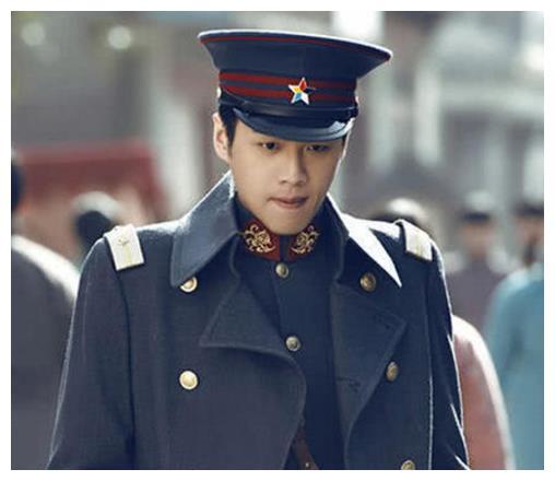 他帅过张若昀,专演小混混,因演技太好被网友骂,如今成这样!