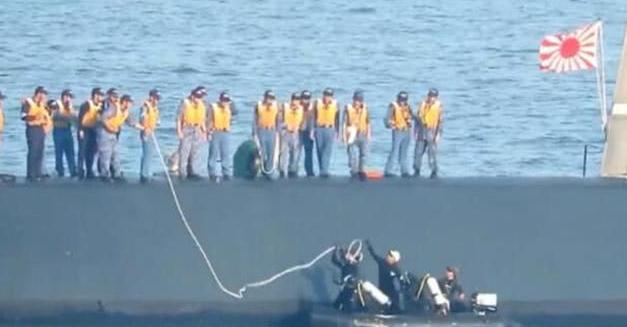 都是台风惹的祸?日本潜艇刚出海就被迫上浮,只因局座神预言