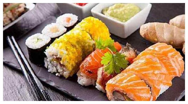 """吃寿司时,别犯几个错误,一不小心就成""""土鳖"""""""