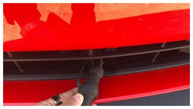 """加拿大版野马车头的""""插头""""是干什么用的?看完涨知识了"""
