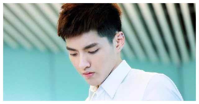 娱乐圈中门牙最大的男明星,吴亦凡登临榜首
