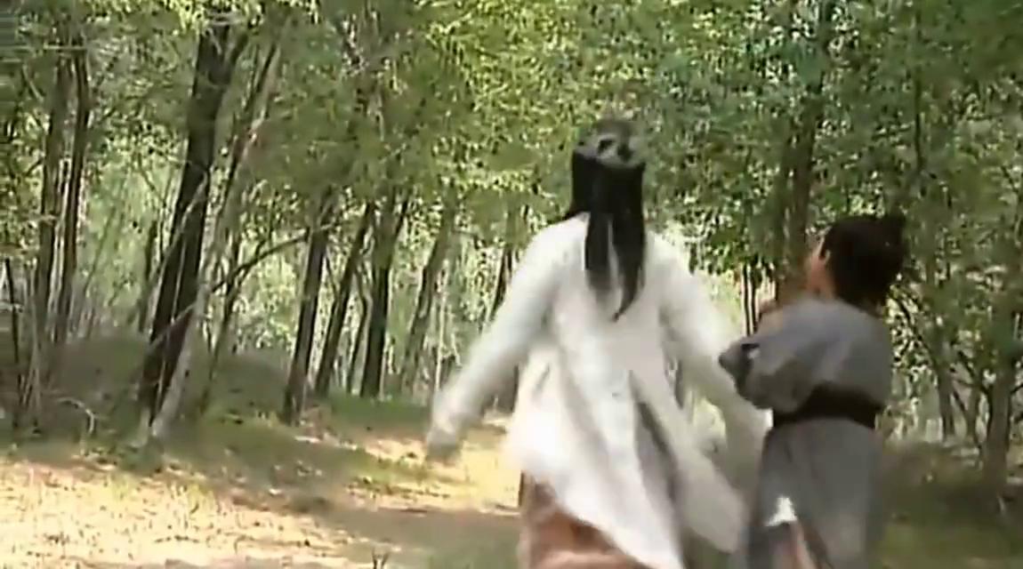 有人失踪,达摩祖师追上迎亲队伍,不料失踪之人被新娘变成拇指人