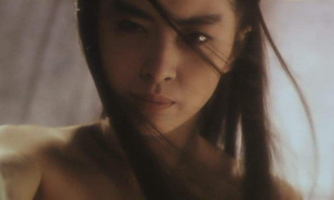 """最美聂小倩?奶油小生""""超越""""王祖贤,长发飘飘迷人眼,太敬业了"""