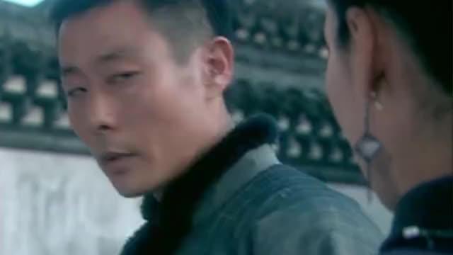 耿家大少爷抓了蒋克儒的人,还让人瞒着耿老爷,结果被明凤知道了