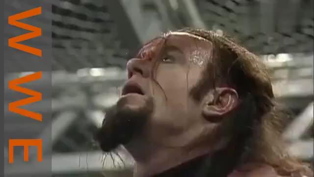 WWE送葬者手段残忍把人吊起往死里整这也太残忍了吧