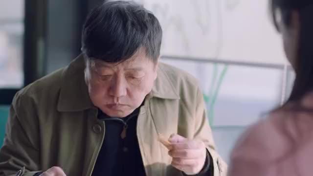 我爱男保姆方原和陆晴在一起他爸偷偷找陆晴出来劝说她分手