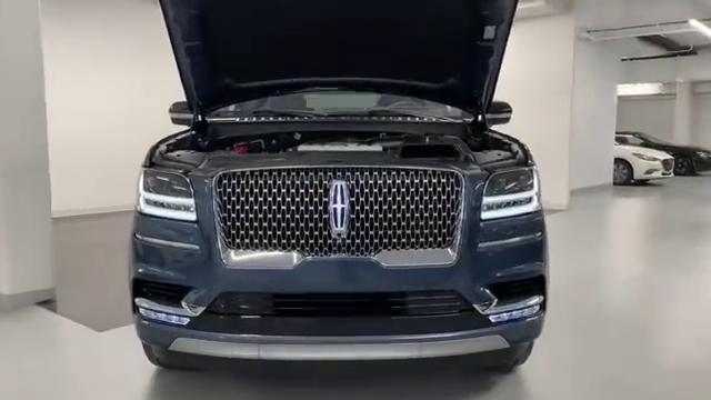 视频:最新一代林肯Navigator的发动机实