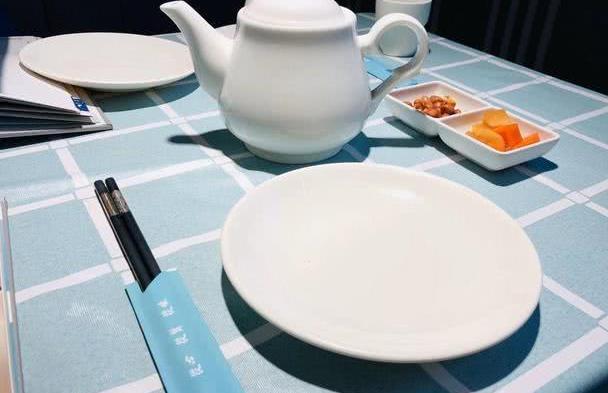 北京这家名字很好听的港式茶餐厅,3个人4种美食162元,有点贵