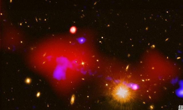 99亿光年外,一个黑洞喷发的物质,又形成了4颗新的恒星
