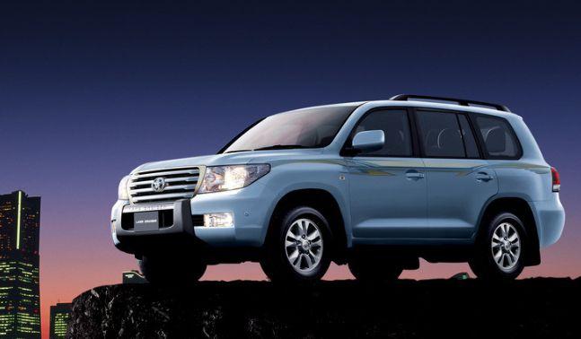 丰田车的舒适感很强,丰田车特别有吸引力,属于你的霸气风格