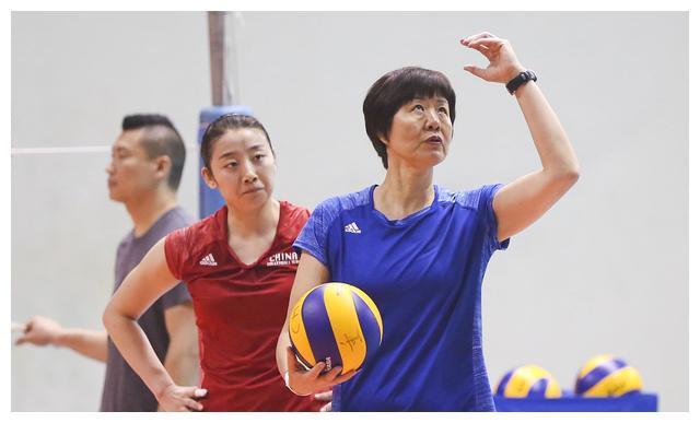 考验郎指导的时候来了!中国女排面临大换血,震荡将超里约奥运会