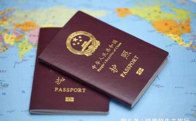 世界最牛旅客,因护照丢失无处可去,将机场当家住了17年