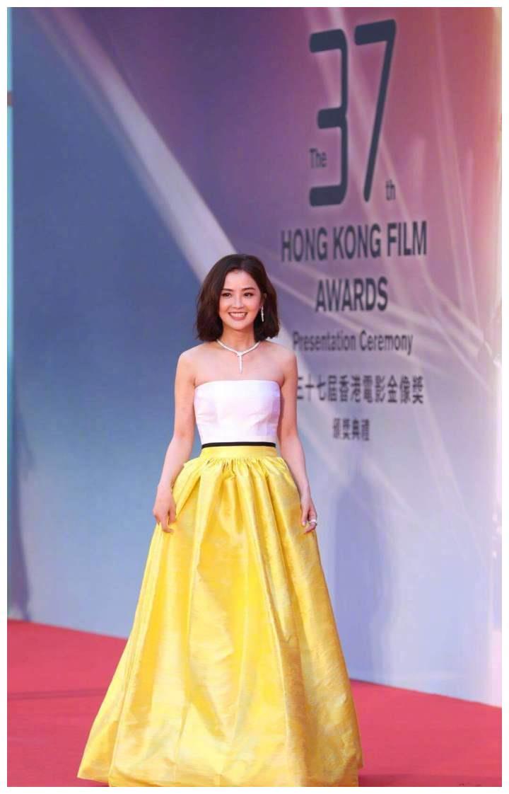 第37届中国香港电影金像奖女星红毯秀最新照片,谁最惊艳?