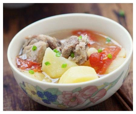 美食精选:土豆排骨汤,补血菠菜猪肝粥,剁椒炝猪肺,海米炒三鲜