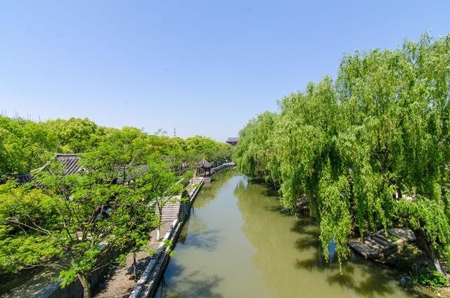 浙江千年古镇,比周庄闲适,比乌镇安静,从杭州出发只要十分钟