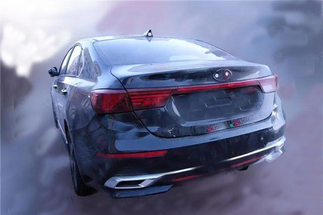 全新2019款起亚K3实车现身!黑色车身很帅气 配全新1.5L 或9万起