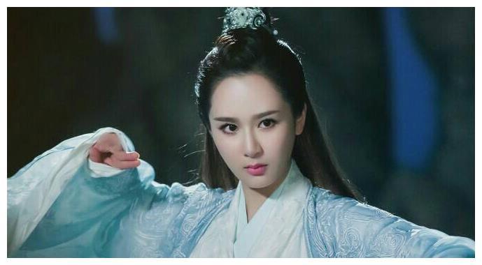 《诛仙》电影已上映,李沁饰演陆雪琪,她和杨紫演的有什么不同