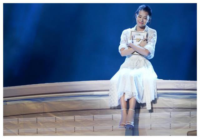 昔日TVB五小花颜值排行:胡杏儿垫底,陈法拉第二,第一必须是她