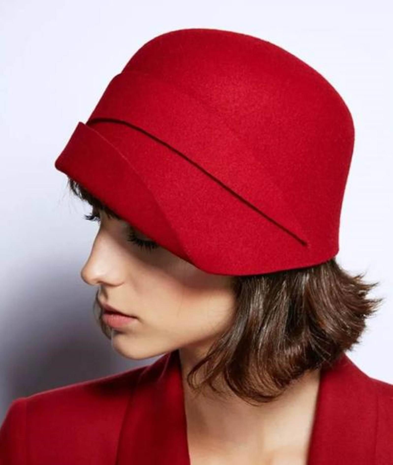 戴帽子不好看?复古钟形帽,带你玩出文艺高雅女神范