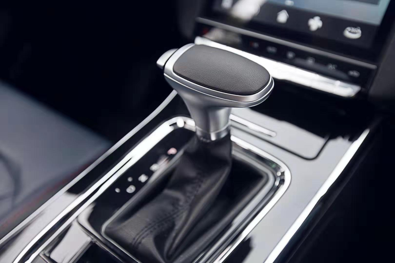 这款大7座SUV:空间大,颜值高,配置好,售价仅10万?