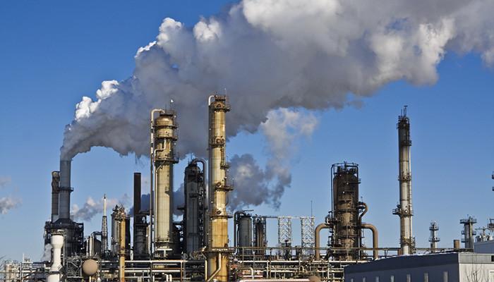 炼厂疯狂进口,美国意想不到的事情发生了......
