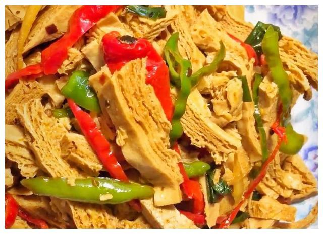 老豆腐新炒法,鲜香好吃一块就开胃,还能瘦身的家常菜,值得收藏