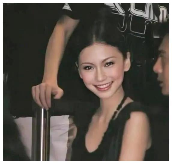 Angelababy罕见15岁在日本务工照片曝光,当模特4小时赚600