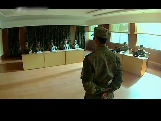 士兵突击:吴哲通过考核,却对这只部队失去信心,想要指控袁朗