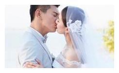 """明星""""婚礼吻"""":刘诗诗忘我,baby害羞,昆凌幸福,她厉害"""