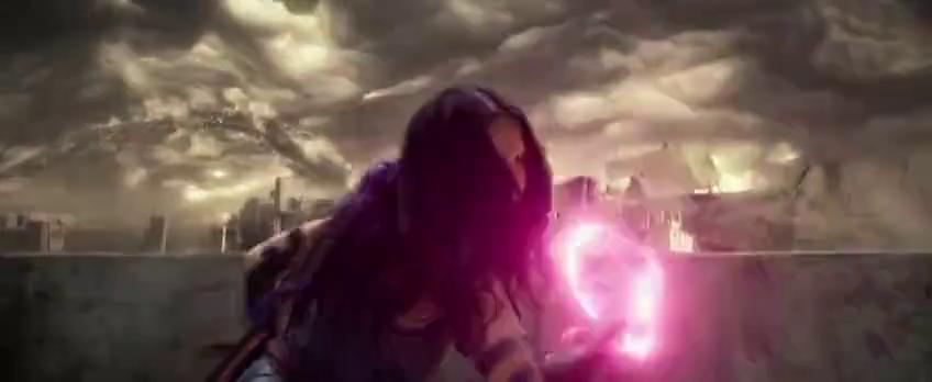 风暴女对阵镭射眼居然能平分秋色,不禁让人联想到对超人会怎样?