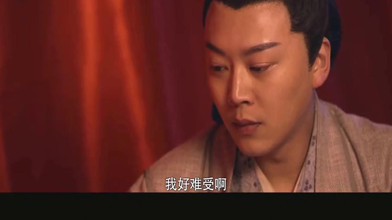 男女演绎聂小倩与宁采臣爱情故事!