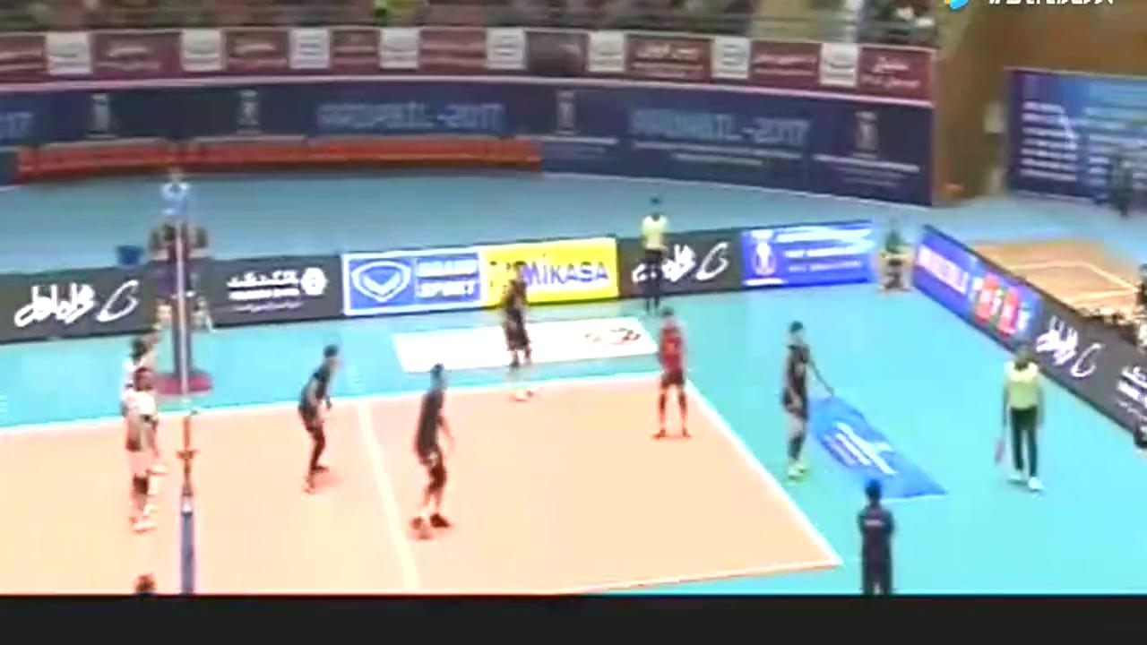 男排世预赛,韩国扣球速度太快,卡塔尔都没反应过来