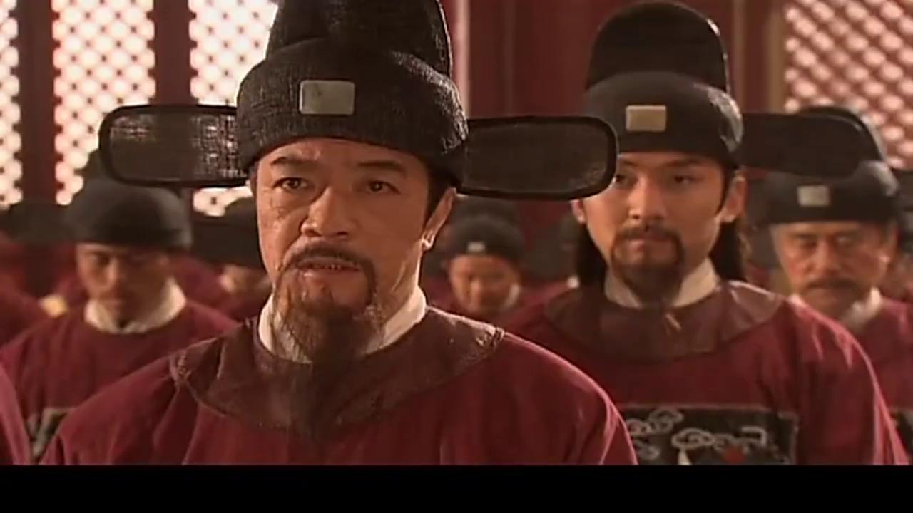 皇上准备迁都北京,没想到众大臣这表现,逼皇上召回郑和